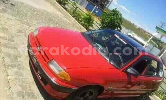 Acheter Occasions Voiture Opel Astra Rouge à Antananarivo au Analamanga