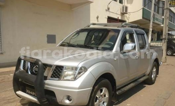 Acheter Occasions Voiture Nissan Navara Gris à Antananarivo au Analamanga