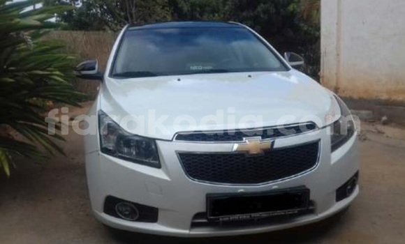 Acheter Occasions Voiture Chevrolet Cruze Blanc à Antananarivo au Analamanga