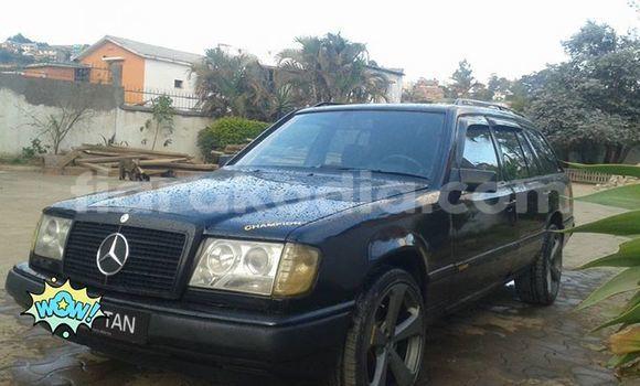 Acheter Occasion Voiture Mercedes‒Benz 300–Series Noir à Antananarivo, Analamanga