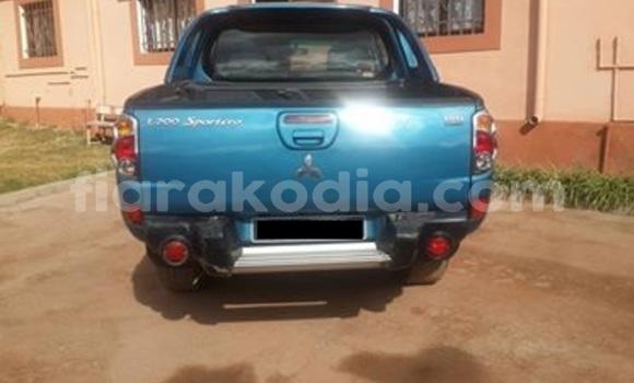 Acheter Occasion Voiture Mitsubishi L200 Bleu à Antananarivo, Analamanga