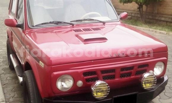 Acheter Occasion Voiture Lada Niva Rouge à Antananarivo, Analamanga