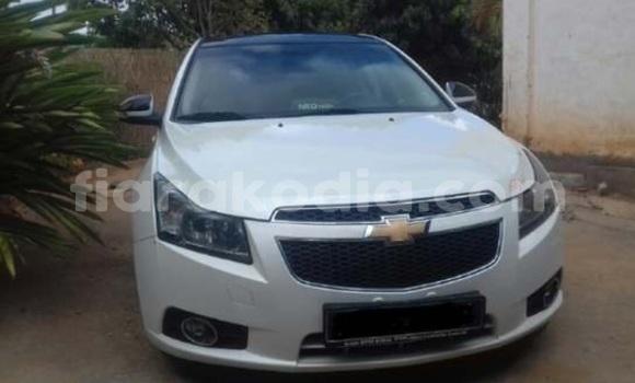 Acheter Occasion Voiture Chevrolet Cruze Blanc à Antananarivo, Analamanga
