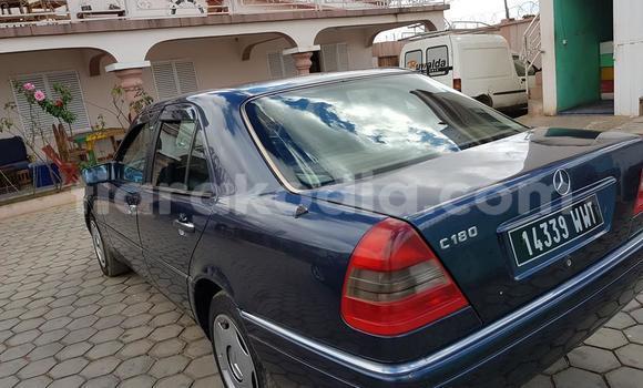 Acheter Occasion Voiture Mercedes-Benz C-klasse Bleu à Antananarivo, Analamanga