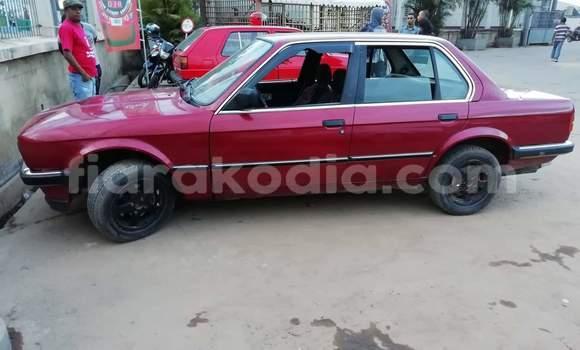Acheter Occasion Voiture BMW E3 Rouge à Antananarivo, Analamanga