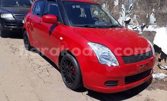 Acheter Occasion Voiture Suzuki Swift Rouge à Antananarivo, Analamanga