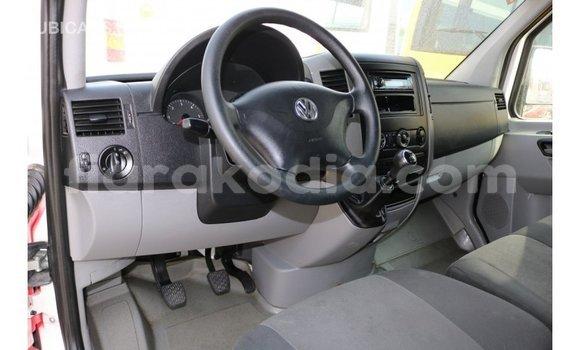 Acheter Importé Utilitaire Volkswagen TRUCK Rouge à Import - Dubai, Diana