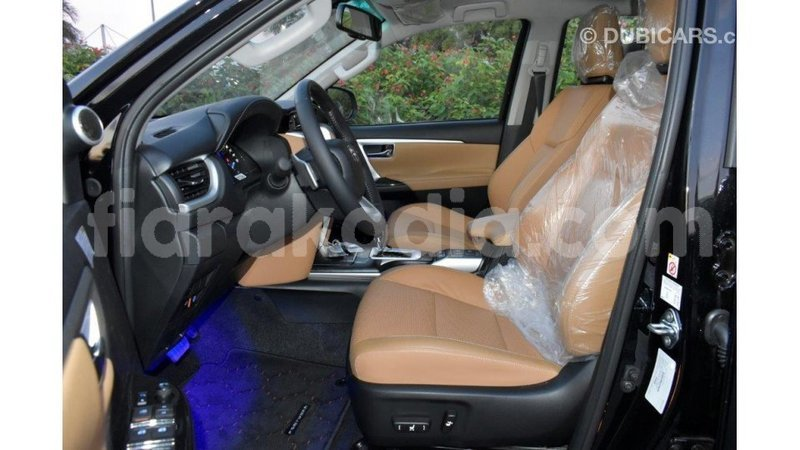 Big with watermark toyota fortuner diana import dubai 6115