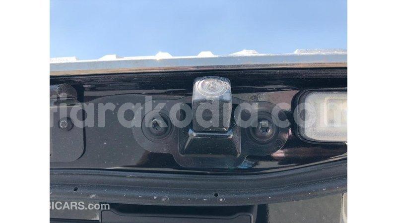 Big with watermark toyota land cruiser diana import dubai 6630