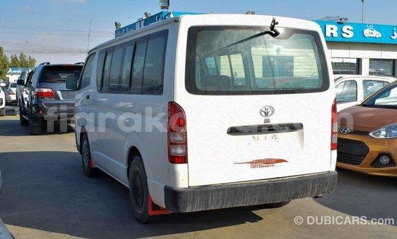 Acheter Importé Voiture Toyota Hiace Blanc à Import - Dubai, Diana
