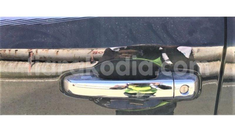 Big with watermark toyota land cruiser diana import dubai 6681