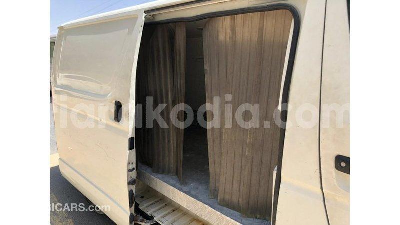 Big with watermark toyota hiace diana import dubai 6725