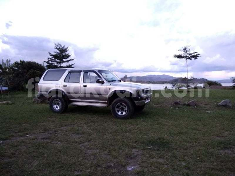 Big with watermark toyota 4runner analamanga antananarivo 6876
