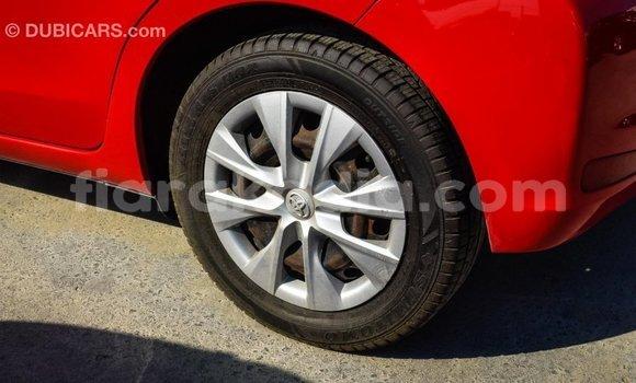 Acheter Importé Voiture Toyota Yaris Rouge à Import - Dubai, Diana