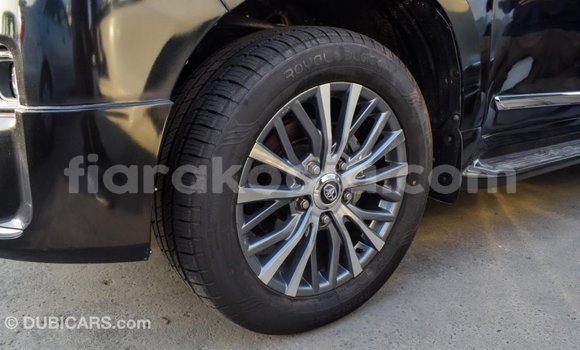 Acheter Importé Voiture Toyota Land Cruiser Noir à Import - Dubai, Diana